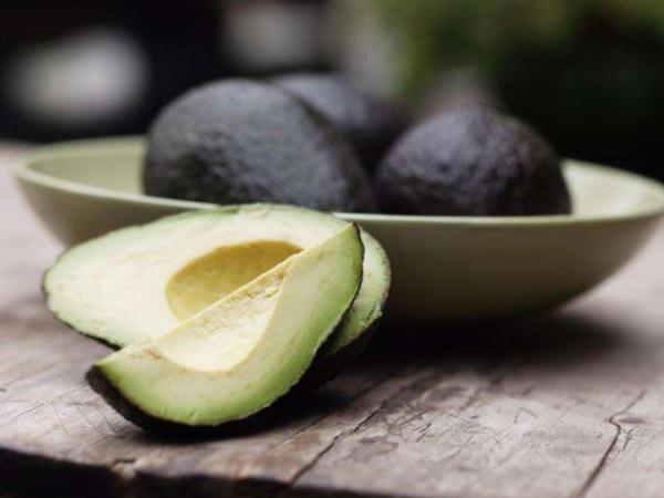 闪电瘦身进行中 减肥不宜吃什么水果
